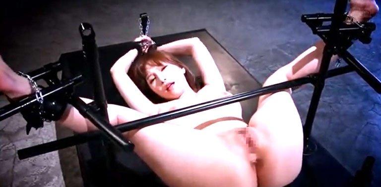 葵潮吹きSEX! 完全固定された肉厚巨乳美女がやられまくり!精神崩壊悶絶逝き果てアクメ!