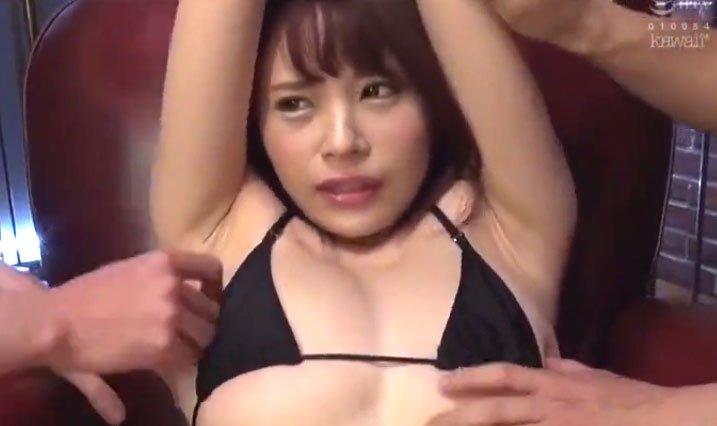 伊東舞雪潮吹きSEX! メリハリ美ボディー巨乳美女がエロい身体をいじり倒され悶絶潮吹き!